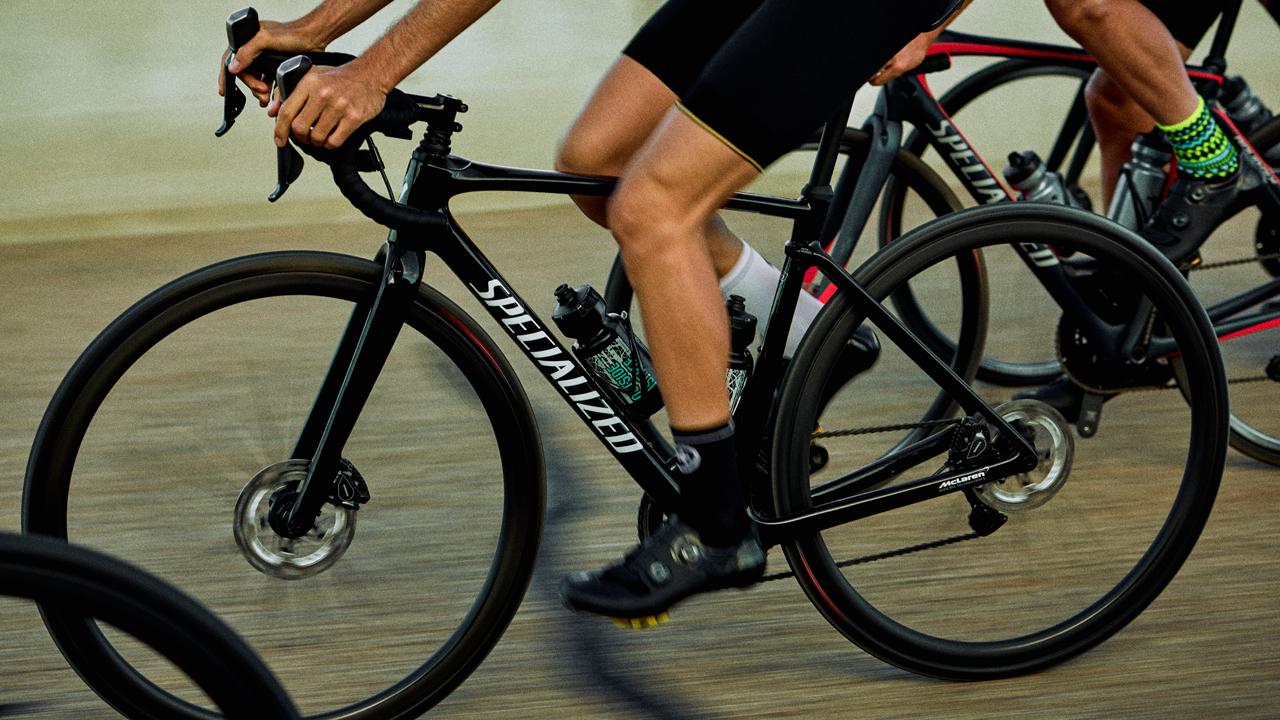Entdecke das neue Specialized Roubaix