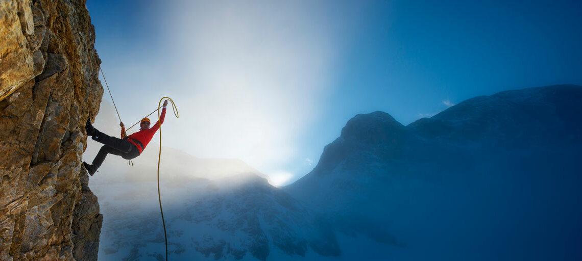 Klettern – der Ratgeber zu Ausrüstung, Gesundheit & Technik