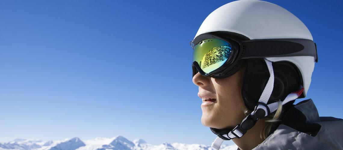 Skihelm – Ratgeber zum Helm fürs Skifahren