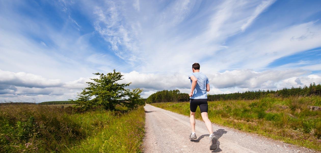 Running Intersport Wohlleben Sportbekleidung Läufer